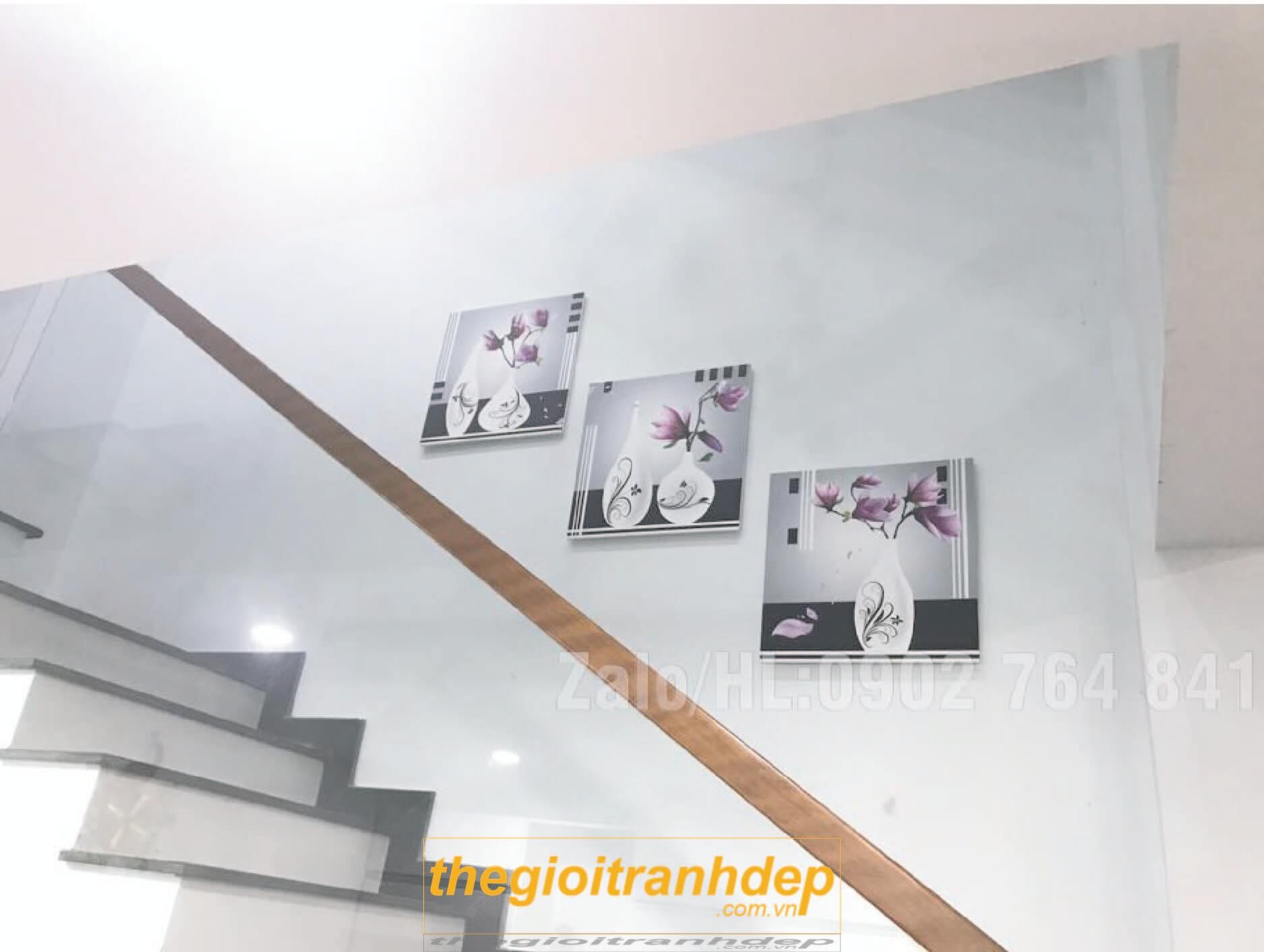 tranh-treo-tuong-cau-thang-05