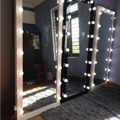 Gương soi toàn thân có đèn