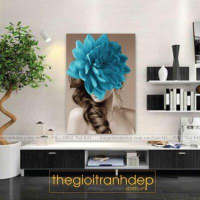 Tranh treo tường cô gái và hoa 1