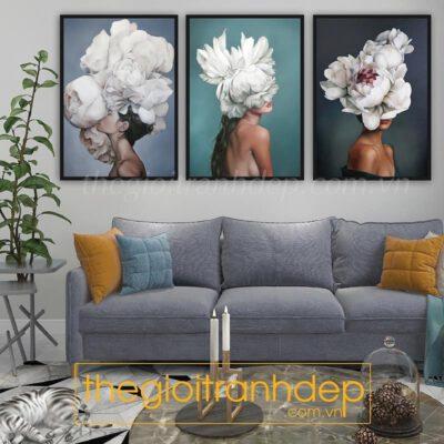 Tranh treo tường cô gái và hoa 3