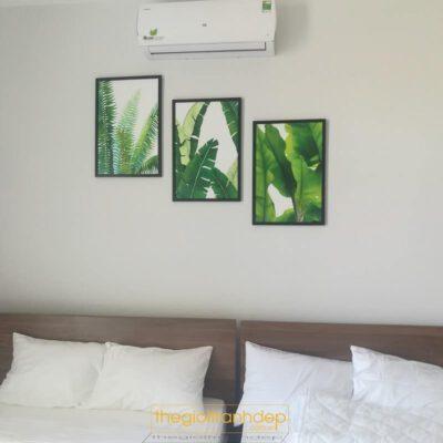 Tranh treo tường phòng ngủ cây chuối