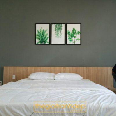 Tranh treo tường phòng ngủ cây và dây leo