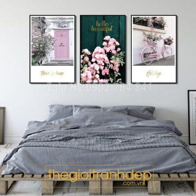 Tranh treo tường phòng ngủ gam màu hồng