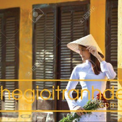 Tranh treo tường thiếu nữ Việt