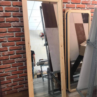 Gương viền gỗ góc vuông