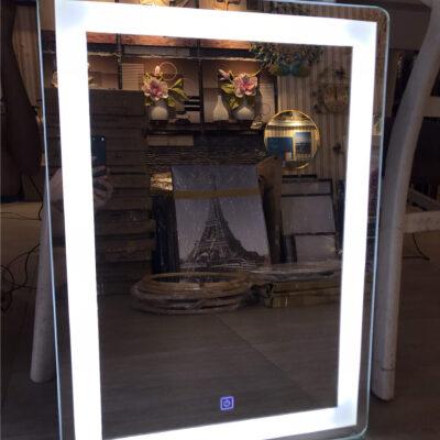 Gương đèn led bo tròn 4 góc