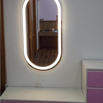 Gương đèn led hình con nhộng