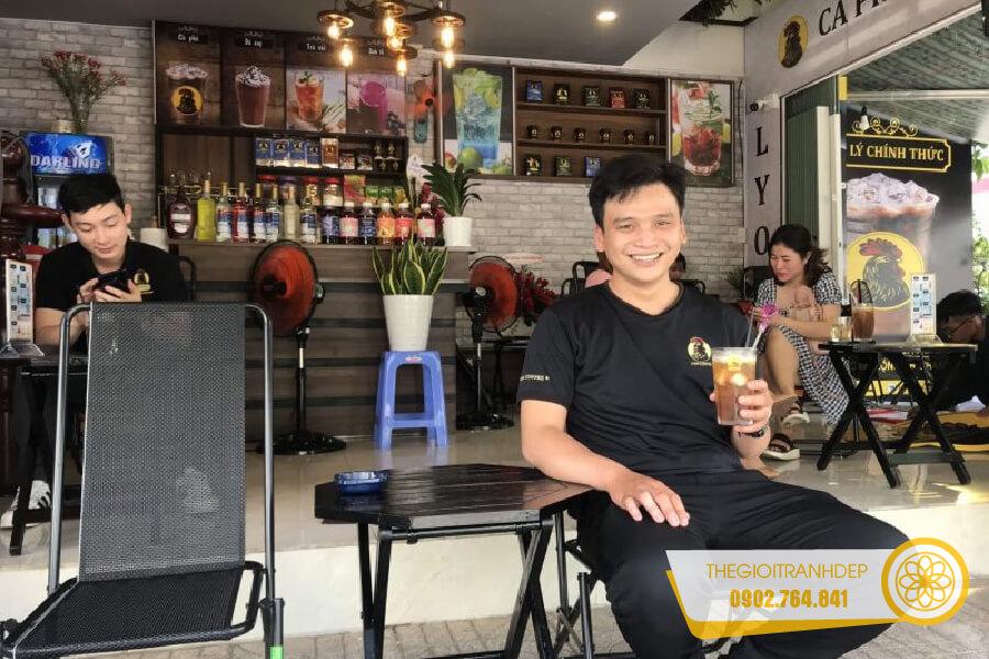 tranh-treo-tuong-quan-cafe-14